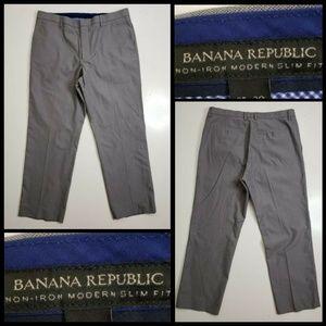 Banana Republic men Non Iron Modern Slim Fit Dress